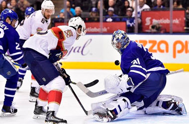 Toronto Maple Leafs Set New Franchise Win Record With Win Against the Panthers