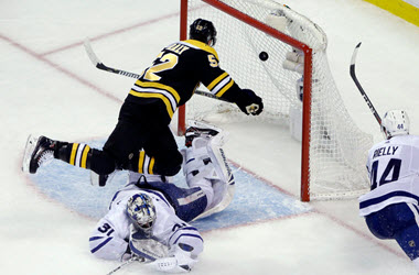 Boston Bruins Take Game 1 in Series Against the Maple Leafs