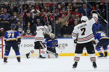 Los Angeles Kings Earn Playoff Spot after Chicago Blackhawks Beat St Louis 4-3