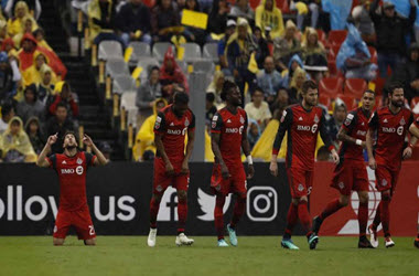 Toronto FC Will Face Chivas of Guadalajara in CONCACAF Champions League Final
