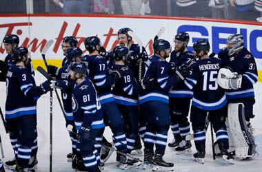 Winnipeg Jets Eliminate Minnesota Wild