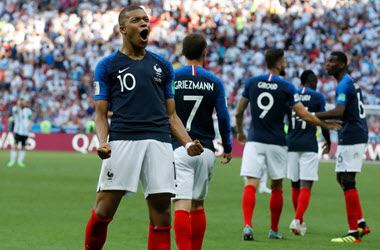 France Defeats Argentina – Advances to Quarterfinals