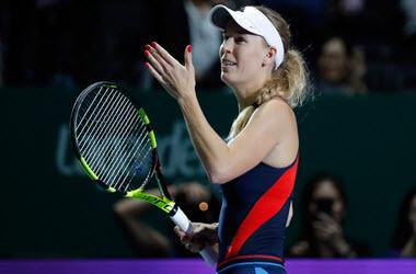 Caroline Wozniacki Defeats Petra Kvitova at WTA Finals