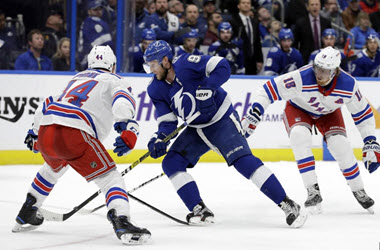 Tampa Bay Lightning Win Seventh in a Row