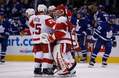 Red Wings Win against Maple Leafs in Overtime