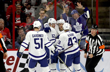 Maple Leafs Down the Carolina Hurricanes as Nylander earns first points