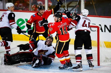 Calgary Flames Earn 30th Win of Season after Crushing Arizona
