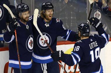 Winnipeg Earn Sixth Win at home Against Columbus