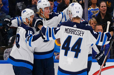 Winnipeg Jets Come Back to Earn Win over St. Louis Blues