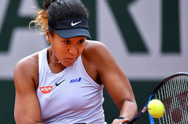 Osaka Survives Paris After Azarenka Scare