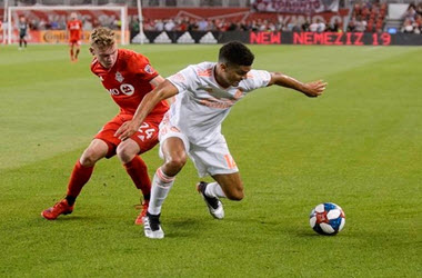 Canadian Teen Jacob Shaffelburg Makes Toronto FC Debut
