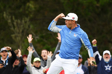 Gary Woodland Heads into U.S. Open Final Round in the Lead