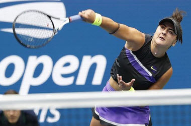 Bianca Andreescu returns to play at China Open