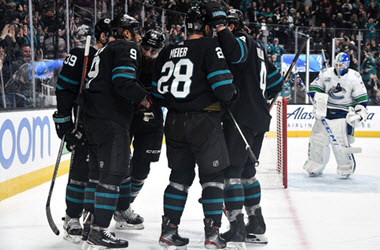 San Jose Sharks End 6 Game Losing Streak with Win Over Canucks