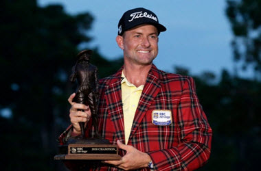 Webb Simpson celebrates Father's Day with a RBC Heritage win