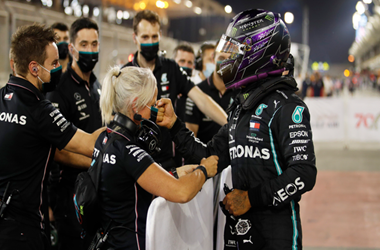 Lewis Hamilton Earns his 98th career pole in Bahrain