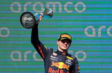 Verstappen Extends Lead – Wins U.S. Grand Prix